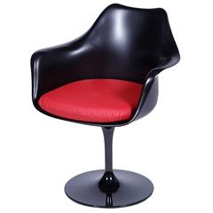 Cadeira Almofadada com Braços Saarinen Preta E Vermelha - Ór Design