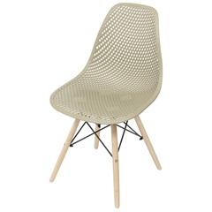 Cadeira Eames com Furos E Base de Madeira Fendi - Ór Design