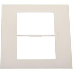 Placa para 3 Postos Separados Arteor Pearl Alumínio 4x4 - Pagé Ferragens