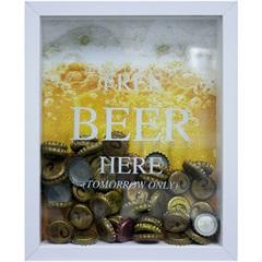 Quadro Porta Tampa em Madeira Free Beer Here 22x27cm Branco E Amarelo - Kapos