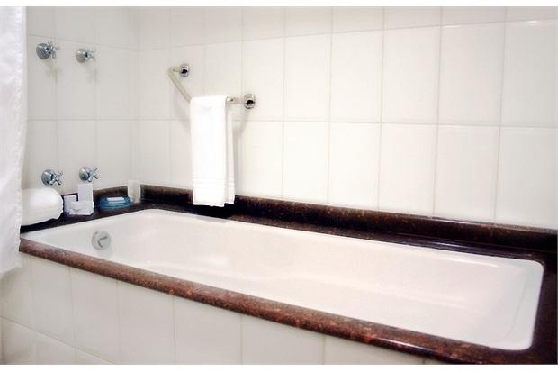 Banheira Retangular sem Aquecedor 3 Jatos Acrilbath 180x80cm Branca - Ouro Fino