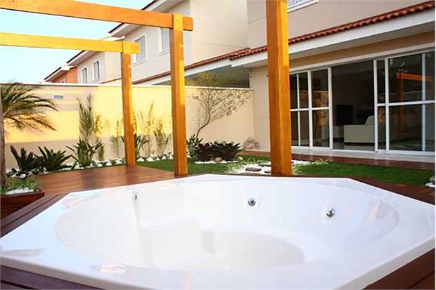 Banheira Sextavada com Aquecedor 30 Jatos Therma Premium 267x230cm Branca - Ouro Fino