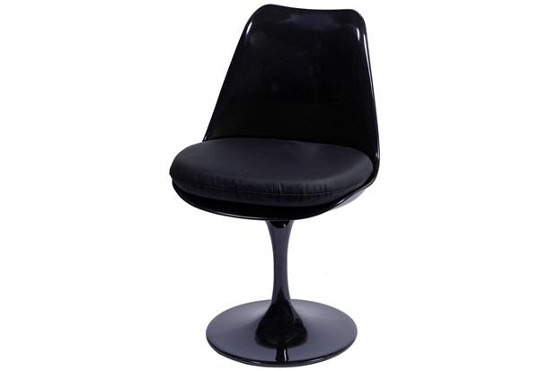 Cadeira Almofadada Saarinen Preta - Ór Design