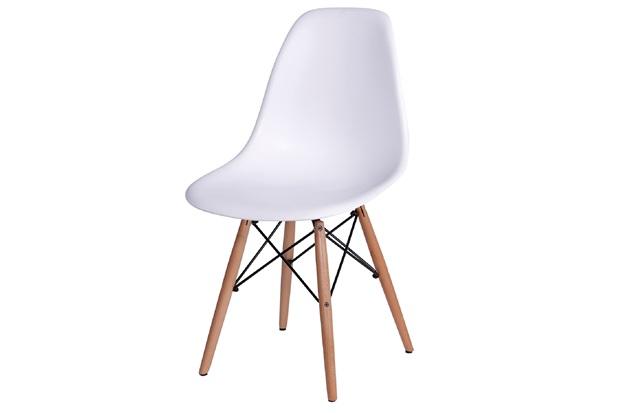 Cadeira Eames com Base em Madeira 46x46,5cm Branca - Ór Design