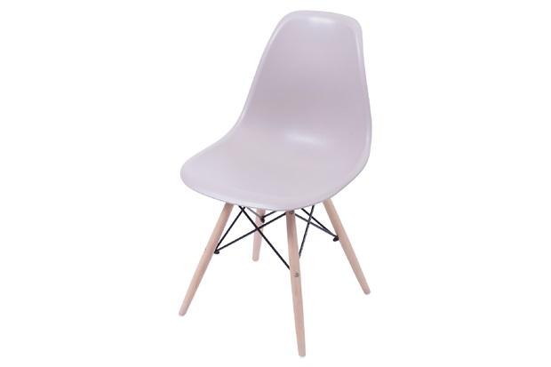 Cadeira Eames com Base em Madeira 46x46,5cm Fendi - Ór Design