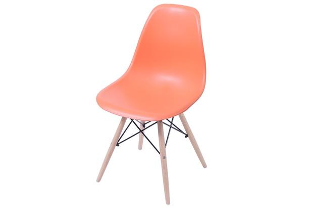 Cadeira Eames com Base em Madeira 46x46,5cm Laranja - Ór Design