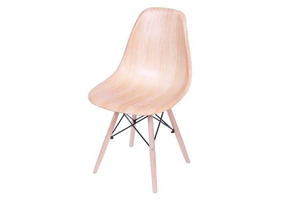 Cadeira Eames com Base em Madeira 46x46,5cm Wood - Ór Design