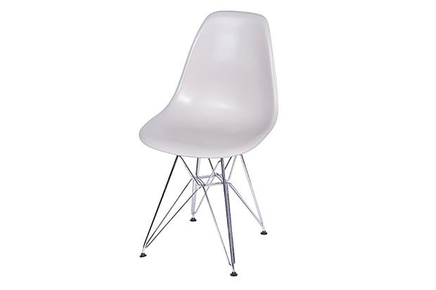 Cadeira Eames com Base em Metal 46x46,5cm Fendi - Ór Design
