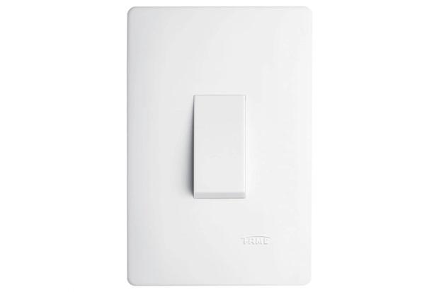 Conjunto de 1 Interruptor Simples Vertical com Placa Habitat Branco 10a 250v - Fame