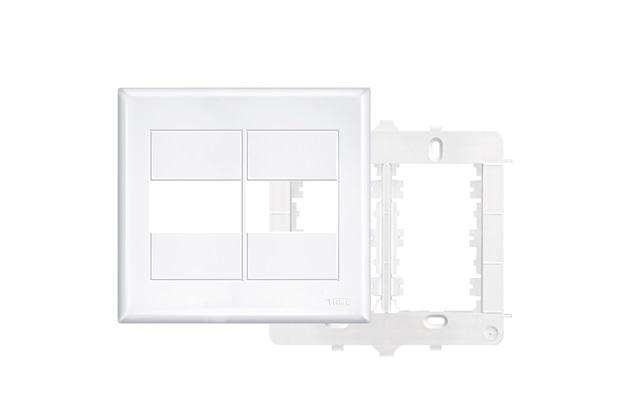 Placa 4x4 com Suporte  2 Módulos Horizontais Branco - Fame