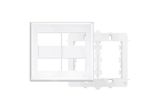 Placa 4x4 com Suporte  4 Módulos Horizontais Distanciados   Branco - Fame