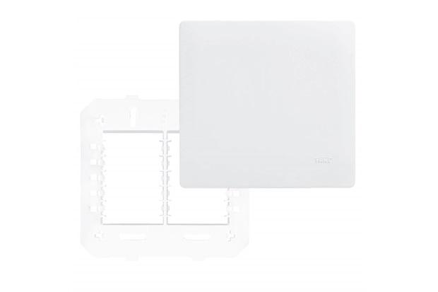 Placa Cega com Suporte 4x4 Habitat Branco - Fame