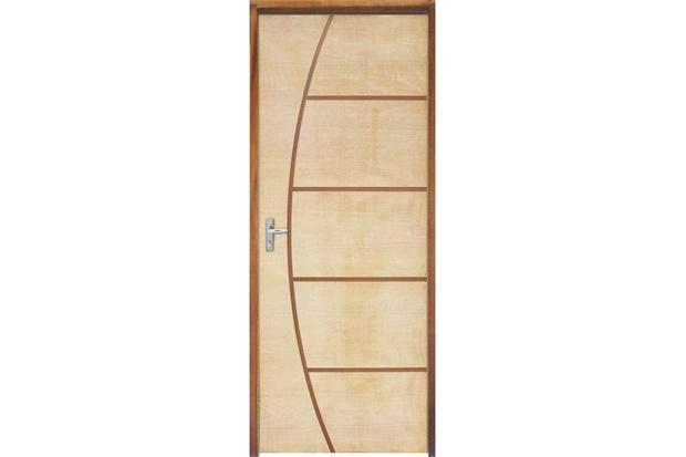 Porta com Miolo Semi Oco Montada Direita Curupixá Frisada 210x72cm - Sidney Esquadrias