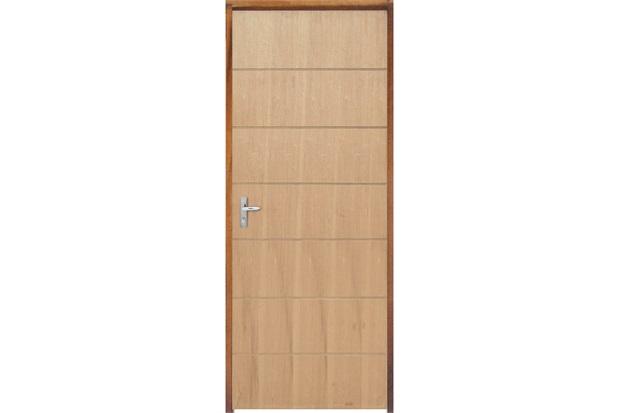 Porta com Miolo Semi Oco Montada Direita Curupixá Frisada 210x82cm Natural - Sidney Esquadrias