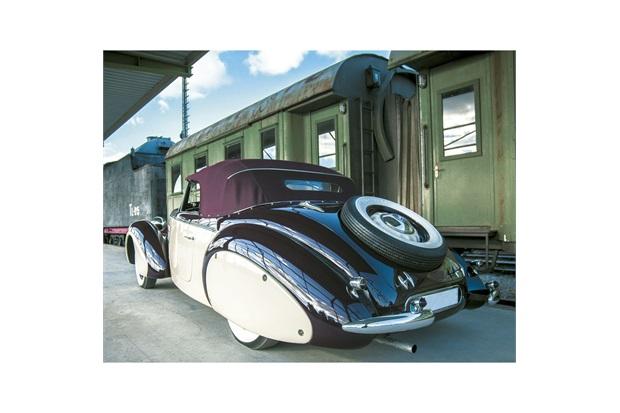 Quadro Decorativo em Vidro Car Vintage Carro Vinho 30x40cm - E2G Design