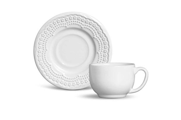 Xícara de Chá com Pires em Cerâmica Madeleine 5cm Branca - Casa Etna